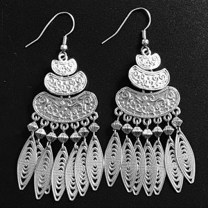 Boho Silver Earrings Gorgeous Dangly Moving Parts!